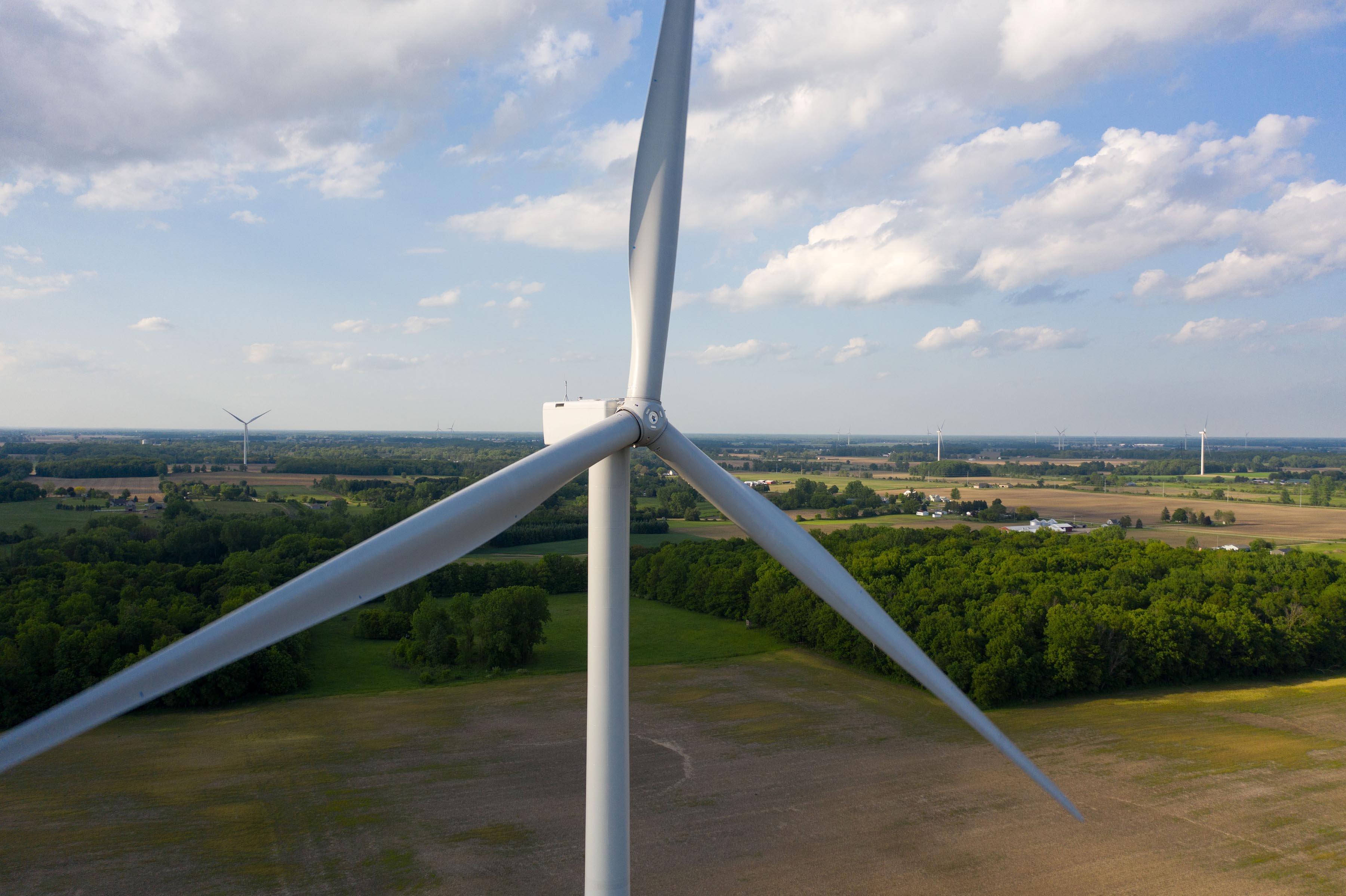 Pine River Wind Park. Credit Mark Houston, DTE Energy.