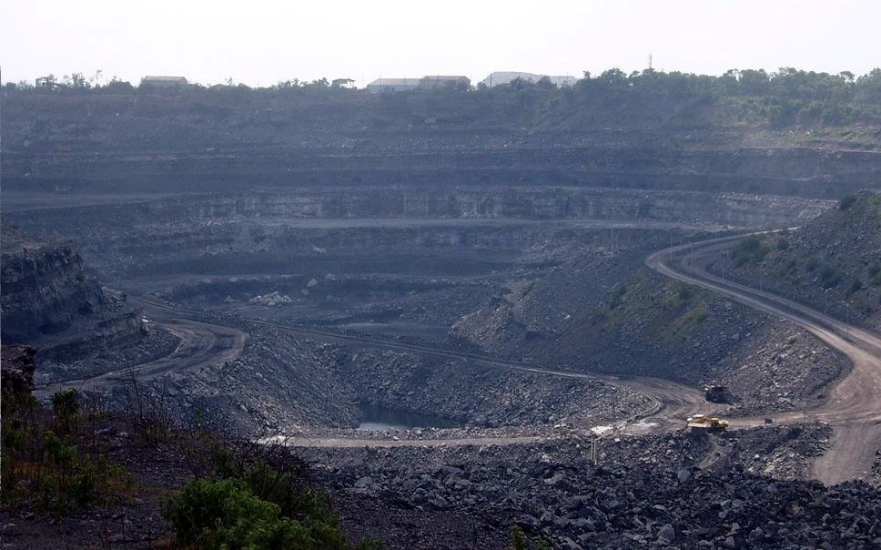 Greedy Coal Executives Mirror Growing Desperation of Coal Industry Sector on the Wrong Side of Economic History