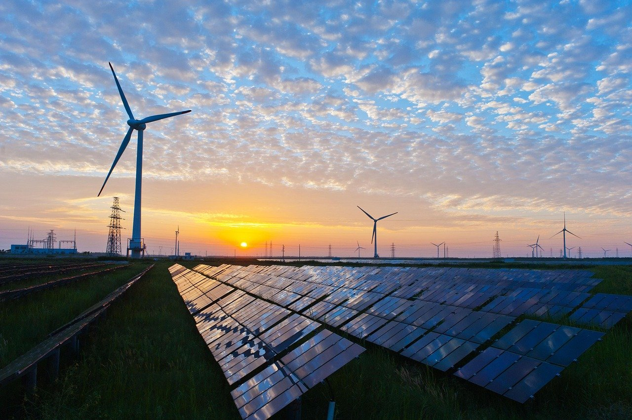 Tax Experts: Renewables Come Out Ahead on Recent Tax Overhaul